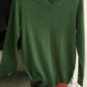 Новый свитер VD one, размер S/M. V-образный вырез