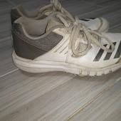 Adidas оригинал кроссовки с шипами 35размер 22.5см стелька