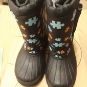 Продам тёплые термо ботинки дутики