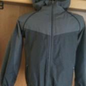 Куртка, термоветровка, внутри сетка, размер 10-11 лет 146 см, Freaky. состояние отличное