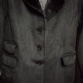 Курточка черная, искуственный замш!