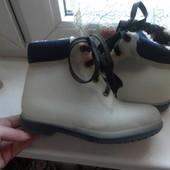 Ботинки H&M силиконовые для дождя,состояние очень хорошее