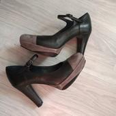 Фирменные итальянские туфли из натуральной кожи и замши р.36,5-37,5 на ножку 23,5-24см состояние нов