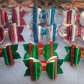 Яскраві новорічні бантики, в лоті 2 шт, для стильних дівчаток