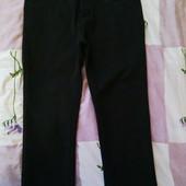 Брюки джинсы черные классика на флисе! На плотненького парнишку!