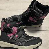 Отличные термо ботиночки Саpe Snow 35 оазмер стелька 22,5 см