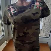 Трендовая футболка Tally Weijl