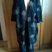 Шикарний костюм для пишних дам