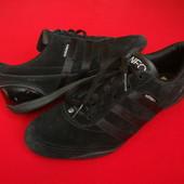 Кроссовки Adidas Black оригинал натур замша 39-40 размер