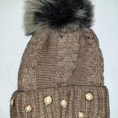 Красивая шапка на флисе с шикарным помпоном
