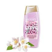 Крем-гель для душа Avon Love in Bloom с увлажняющим витаминным комплексом. 500 ml