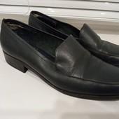 Кожаные демисезонные туфли. Р-р 37.5, стелька 24.5 см