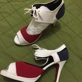 #16 Обувка!!! Новые, моделька трёхцветная, невысокий каблук!