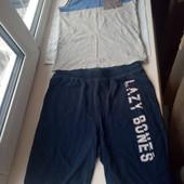 Красивый наборчик,шорты+футболка,состояние хорошее,р.140-146-152 на 10-11-12 лет смотрите замеры