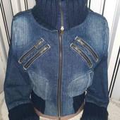 Джинсова укорочена курточка Terranova з вязаними манжетами,розмір S(пог48)