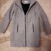 Теплое пальтишко Reserved, на подкладке, размер 36, s.