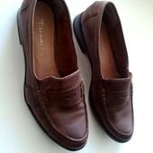 38-39р. Кожаные коричневые туфли Tamaris