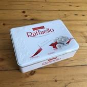 Металлическая коробка Raffaello