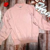 Стильный пудровый свитерок, размер S.