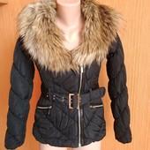 Шикарная курточка в очень хорошем состоянии