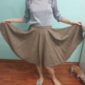 Новая красивая юбка солнце-клеш из легкой шерстяной ткани, размер XS-S.