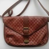 Актуальная рыжая стильная сумочка