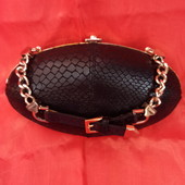 Женский черный клатч из натуральной кожи от Versace