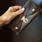 Кожаннный кошелёк