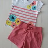 Фирменный комплект шорты Next и футболка George на 1- 1,5 года.