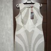 Фирменное новое красивое платье р.14-16