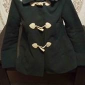 темно серое пальто