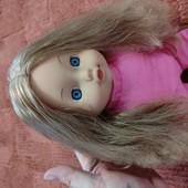 Куколка с шикарными волосами