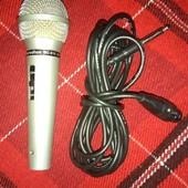 Микрофон для караоке или других целей. Шнур 3.5 местра. Большой джек.