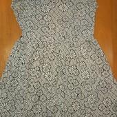Платье для девочки ,на 10-11 лет,на рост 140-146