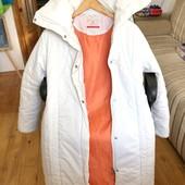 Длинная курточка на синтепоне.холодное деми