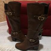 Високі чоботи із натуральної шкіри,від San Marina,розмір 39,устілка 25,7