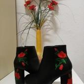 Ботинки Деми с вышивкой, размер 35