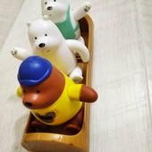 Три ведмедя в човні)