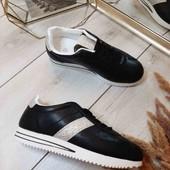 Распродажа!! Шикарные кросовочки