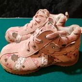 Полностью кожаные деми ботинки с супинатором, разм. 23 (14,5 см внутри). Сост. отличное!