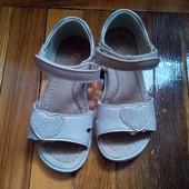 2 пари літнього взуття одним лотом