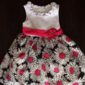 Красивенное праздничное платье на девочку 2-3 года