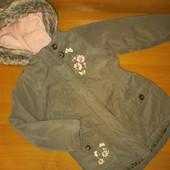 Куртка для девочки на 4 года, на рост 104