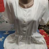 Платье из тонкого льна белого цвета на 38(евро.)