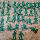 Набор солдатиков, все целые