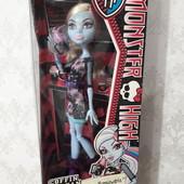 Фирменная кукла Monster High оригинал.