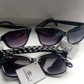Скоро весна! Chanel брендовые Реплика 1в1 с оригиналом.степень защиты:UV400категория:3 цвет черный