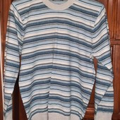 классный свитерок/кофта(состояние новой вещи)Италия