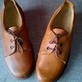 Модные туфли ,к о ж а √√ в отличнейшем фирменном качестве от Nord √√ стелька 24 см . полнота G.