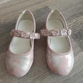 Собирайте лоты!!!Красивые туфельки для модницы